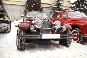 Image of classic car in snow