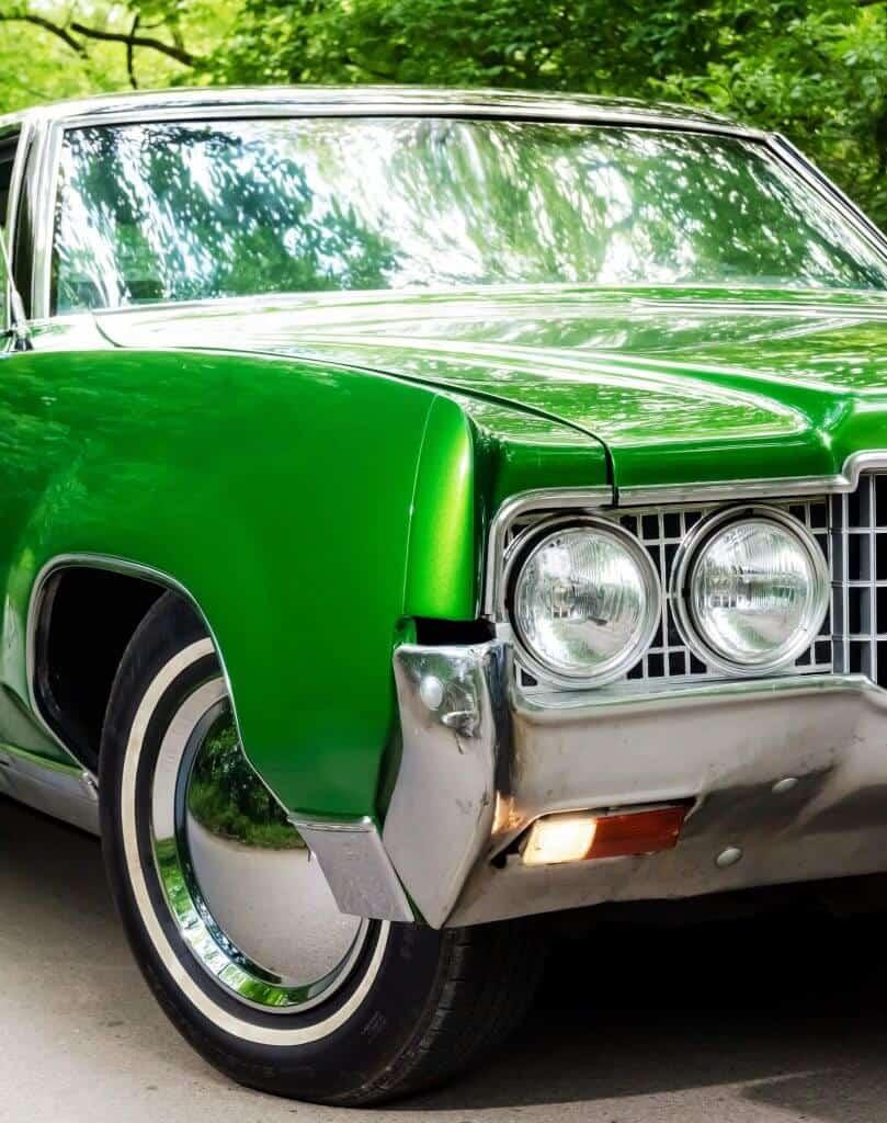 American car in green