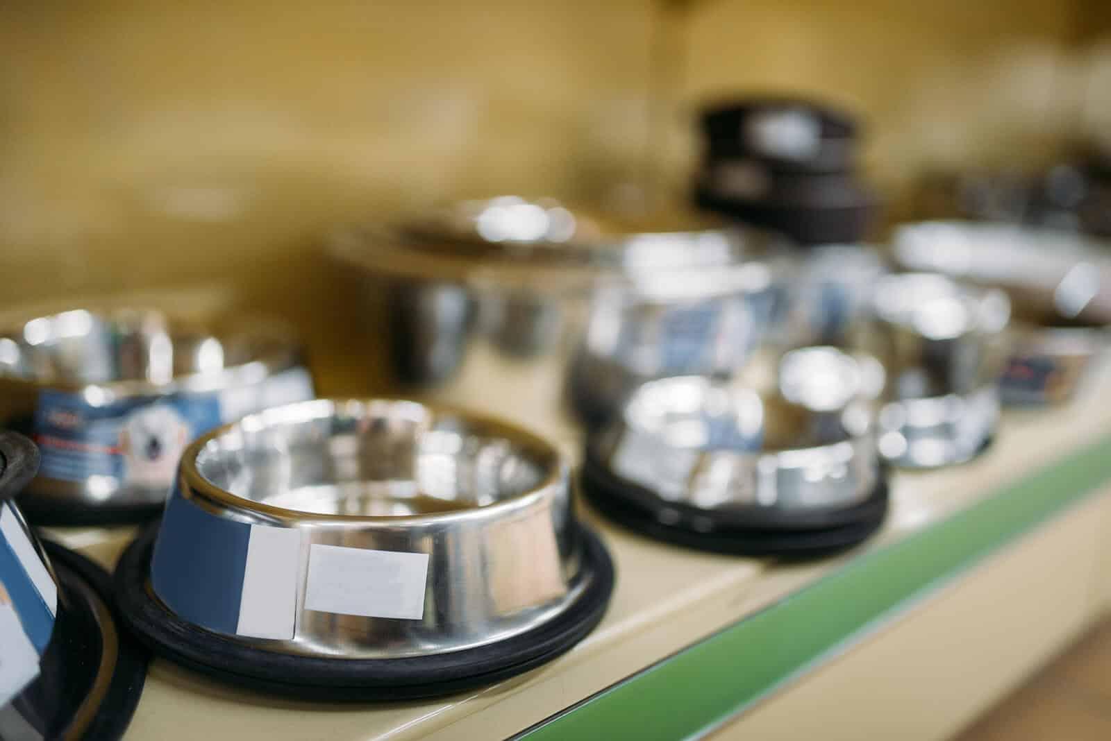 Pet food bowls on display