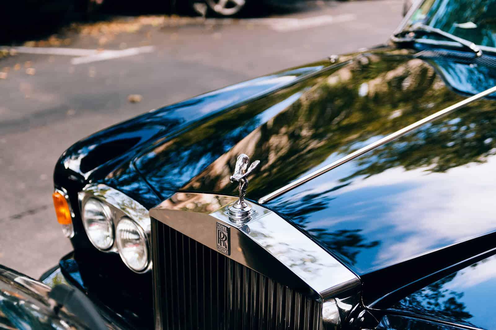 Bonnet of Rolls Royce