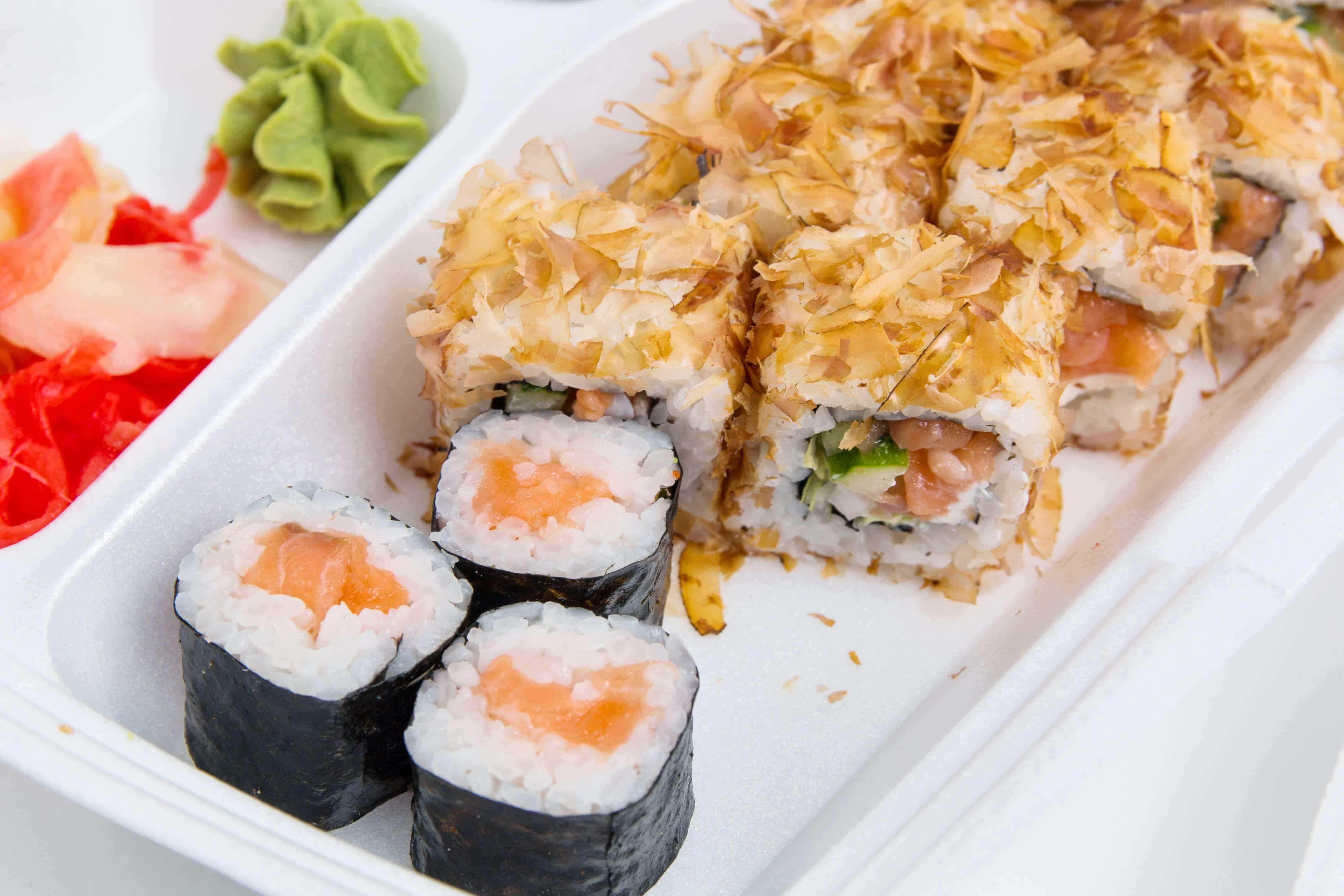 Sushi food delivery